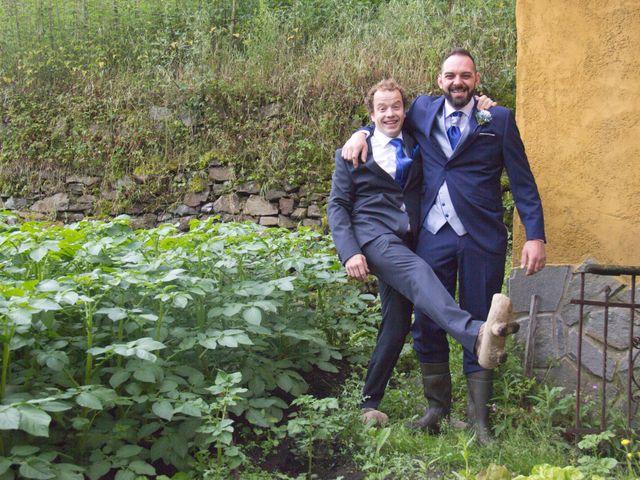 La boda de Luis Ángel y Olaya en Mieres, Asturias 39