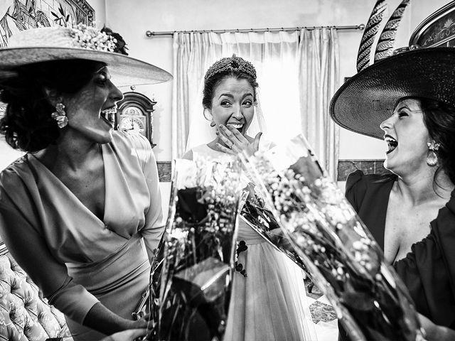 La boda de Carlos y Nuria en Villafranca De Los Barros, Badajoz 11