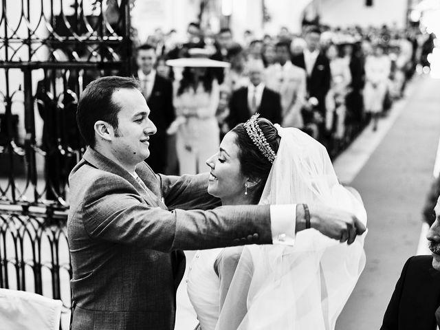 La boda de Carlos y Nuria en Villafranca De Los Barros, Badajoz 17
