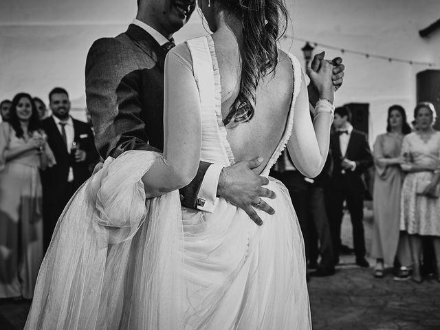 La boda de Carlos y Nuria en Villafranca De Los Barros, Badajoz 37
