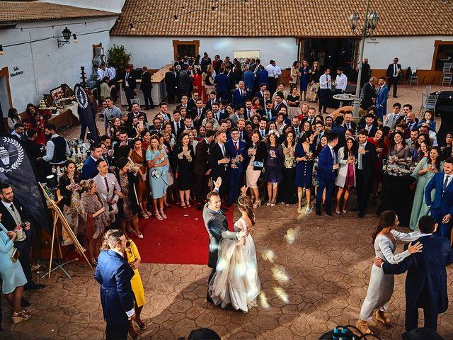 La boda de Carlos y Nuria en Villafranca De Los Barros, Badajoz 38
