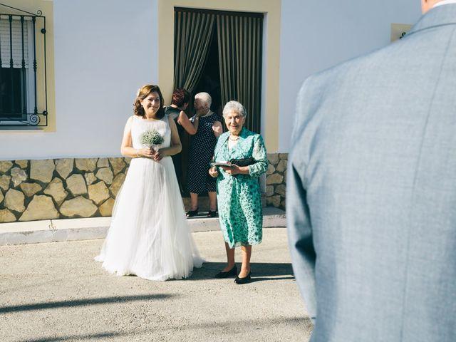 La boda de Julio y Carmen en Carrascosa Del Campo, Cuenca 17