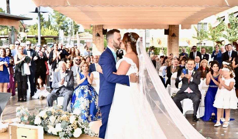 La boda de Ismael y Lorena en Alginet, Valencia