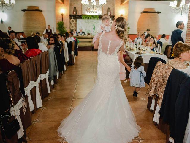 La boda de Felipe y Mónica en Casas De Los Pinos, Cuenca 21