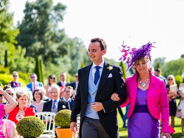 La boda de Edward y Nuria en Torremocha Del Jarama, Madrid 25
