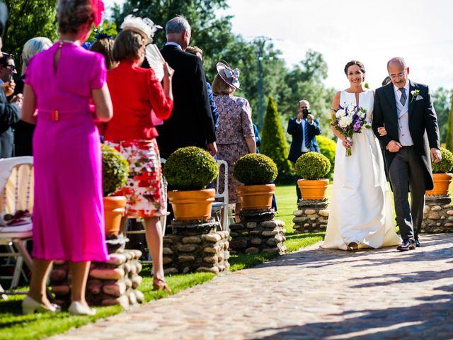 La boda de Edward y Nuria en Torremocha Del Jarama, Madrid 30