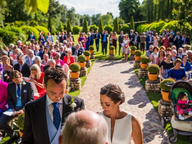 La boda de Edward y Nuria en Torremocha Del Jarama, Madrid 32