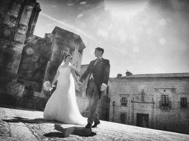 La boda de Jesús y Fuencis en Plasencia, Cáceres 23