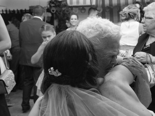 La boda de Victor y Elora en Elda, Alicante 14