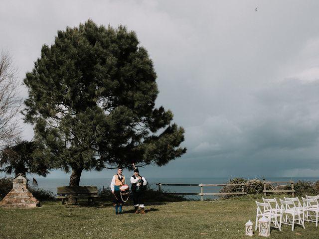 La boda de Rafa y Bego en Oviedo, Asturias 37