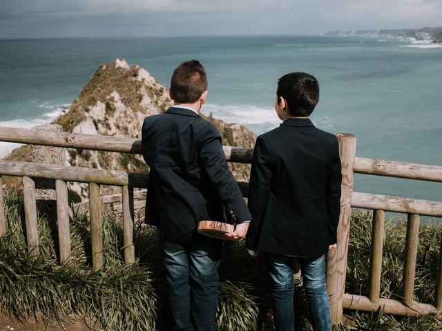 La boda de Rafa y Bego en Oviedo, Asturias 38