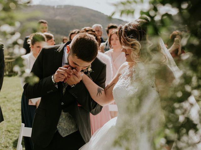 La boda de Rafa y Bego en Oviedo, Asturias 42