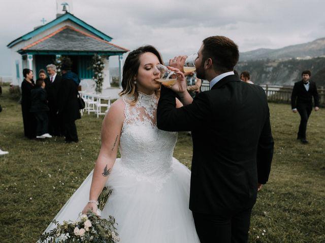 La boda de Rafa y Bego en Oviedo, Asturias 61