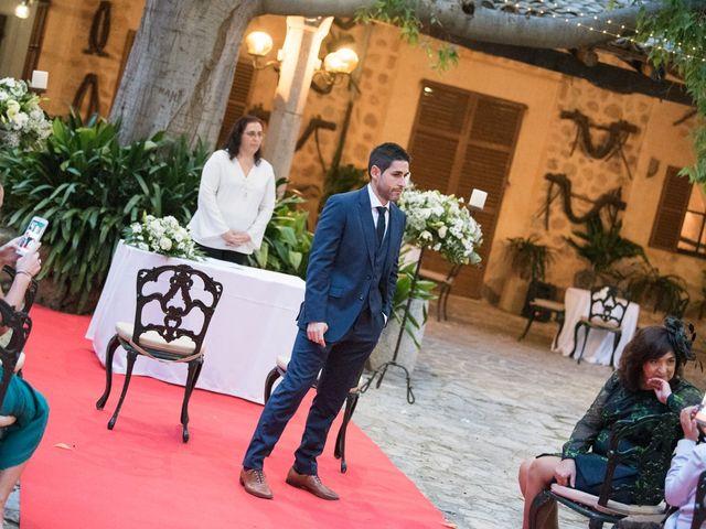 La boda de Quique y Silvia en Bunyola, Islas Baleares 44