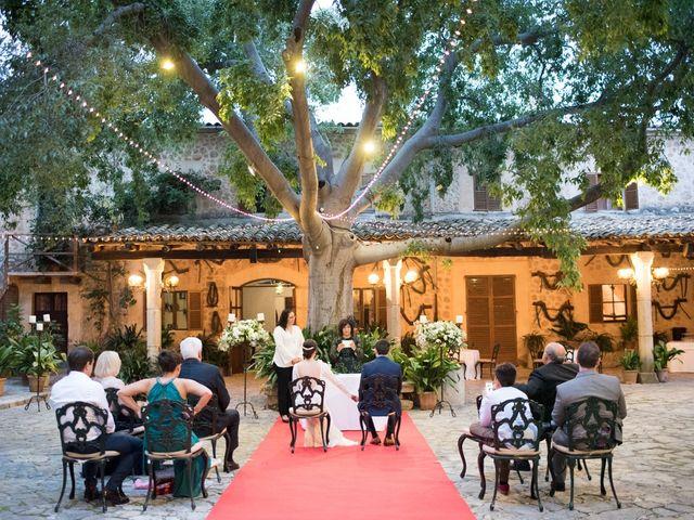 La boda de Quique y Silvia en Bunyola, Islas Baleares 53