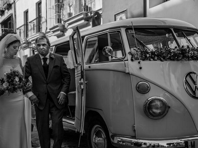 La boda de Manuel y Alba en Dos Hermanas, Sevilla 38