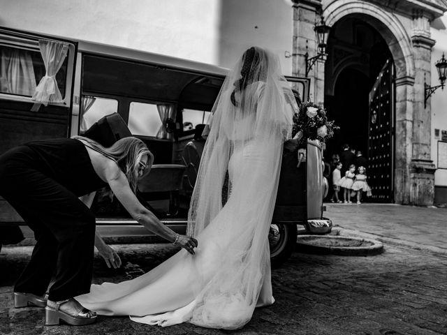 La boda de Manuel y Alba en Dos Hermanas, Sevilla 47
