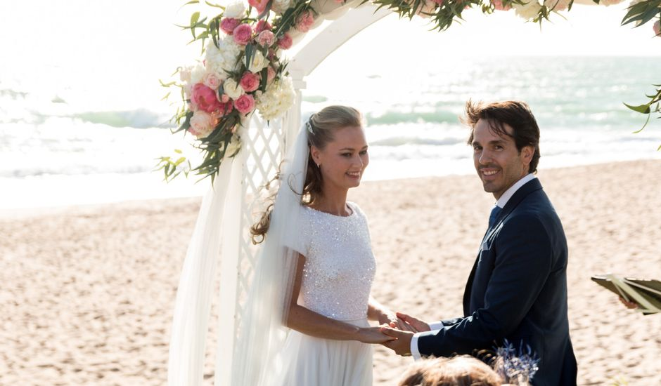 La boda de Eduardo y Charlotte en Conil De La Frontera, Cádiz