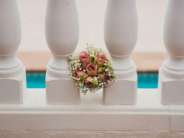 La boda de Juan José y Chloe en Alacant/alicante, Alicante 11
