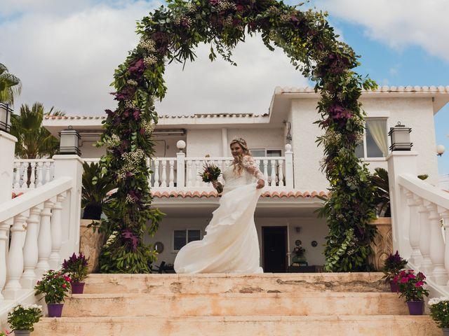 La boda de Juan José y Chloe en Alacant/alicante, Alicante 22