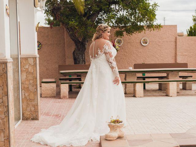 La boda de Juan José y Chloe en Alacant/alicante, Alicante 25
