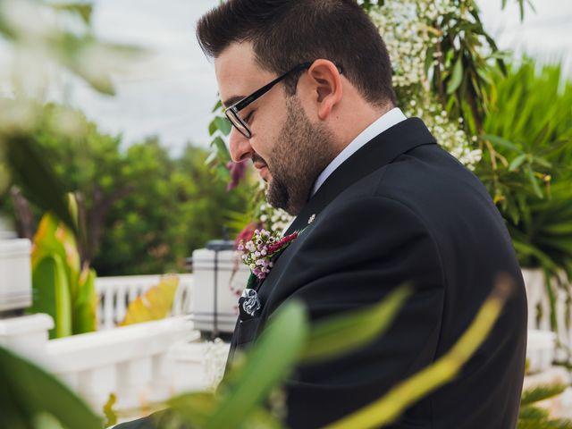 La boda de Juan José y Chloe en Alacant/alicante, Alicante 26