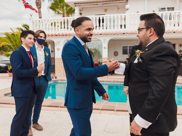 La boda de Juan José y Chloe en Alacant/alicante, Alicante 31