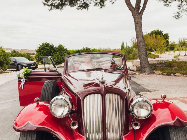 La boda de Juan José y Chloe en Alacant/alicante, Alicante 37