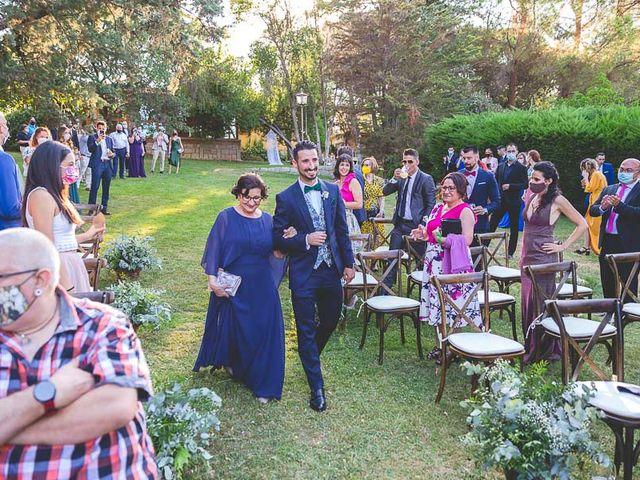 La boda de Christian y Verónica en San Agustin De Guadalix, Madrid 37