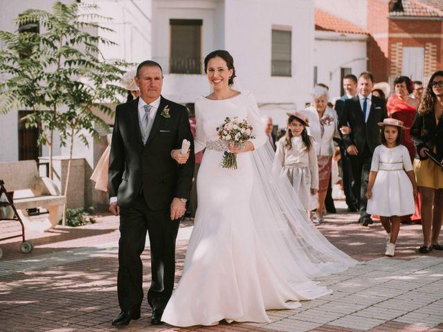 La boda de Ángel y Rosa María en Villanueva De Cordoba, Córdoba 14