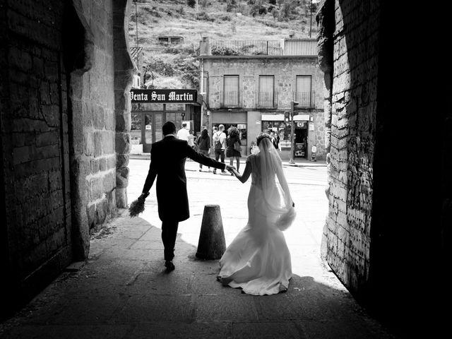 La boda de David y Caroliona en Toledo, Toledo 22