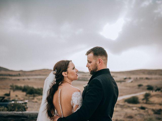 La boda de Antonio y Azahara en Rioja, Almería 39