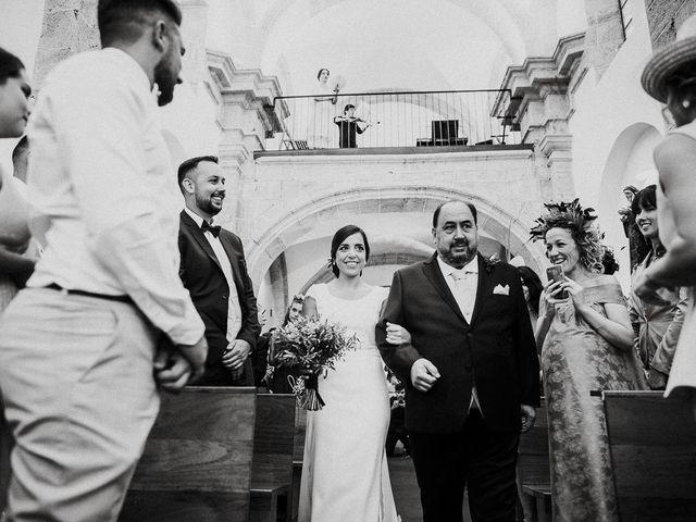 La boda de Miguel y Maria en Oleiros, A Coruña 18