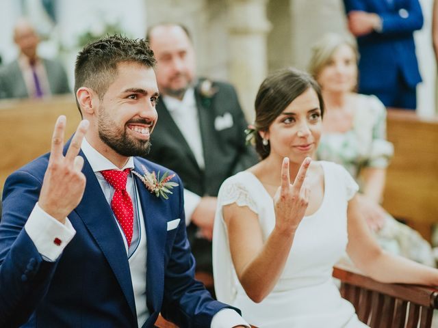 La boda de Miguel y Maria en Oleiros, A Coruña 24