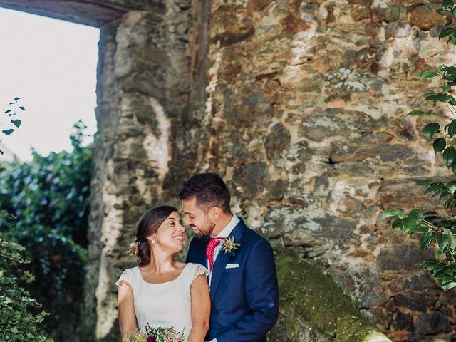 La boda de Miguel y Maria en Oleiros, A Coruña 40