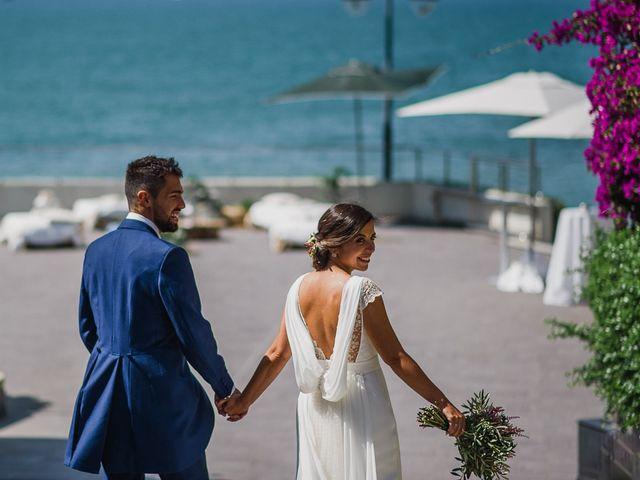La boda de Miguel y Maria en Oleiros, A Coruña 44