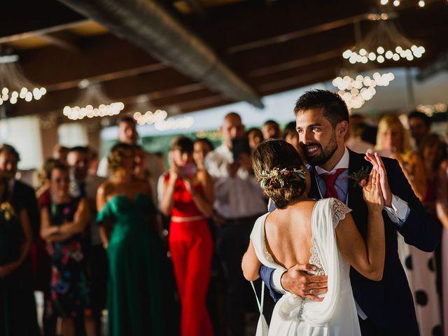 La boda de Miguel y Maria en Oleiros, A Coruña 59