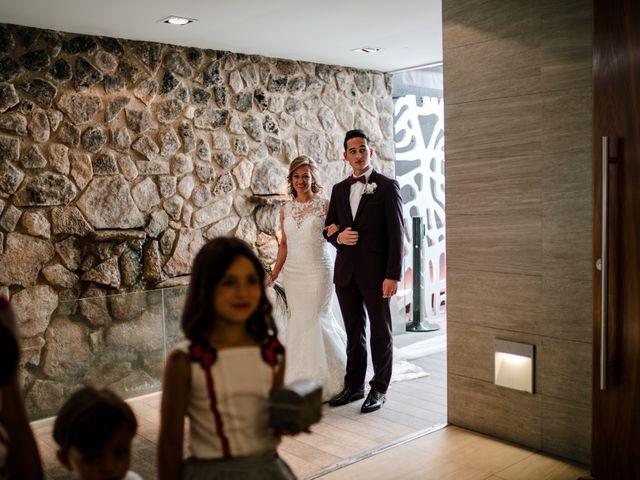 La boda de Juanfra y Mari Ángeles en Casar De Caceres, Cáceres 19