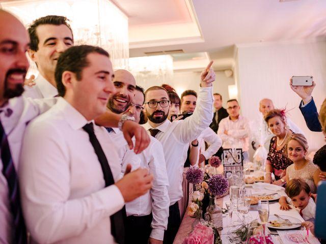La boda de Juanfra y Mari Ángeles en Casar De Caceres, Cáceres 35