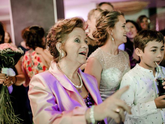 La boda de Juanfra y Mari Ángeles en Casar De Caceres, Cáceres 47