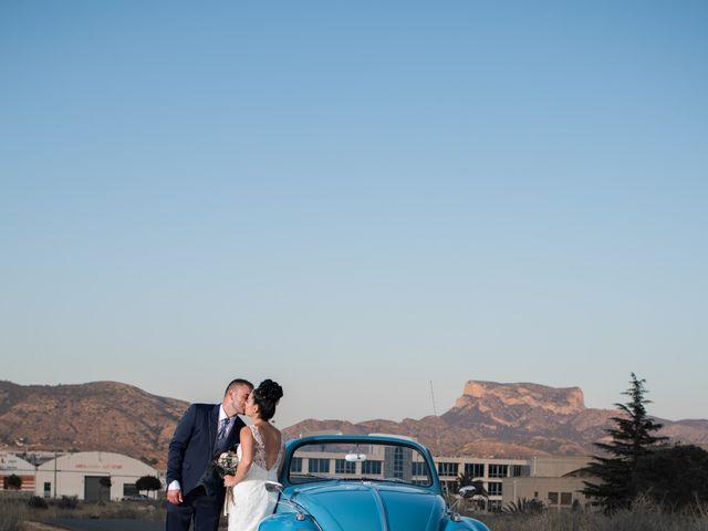 La boda de Rubén y Jenni en Elda, Alicante 24