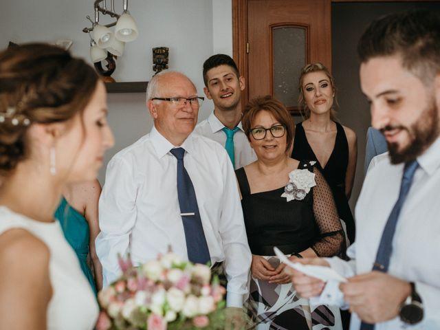 La boda de Miguel y Silvia en Sant Fost De Campsentelles, Barcelona 31