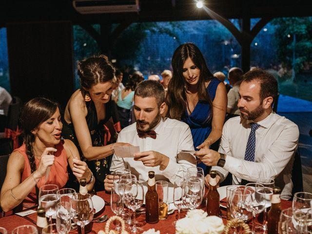 La boda de Miguel y Silvia en Sant Fost De Campsentelles, Barcelona 104
