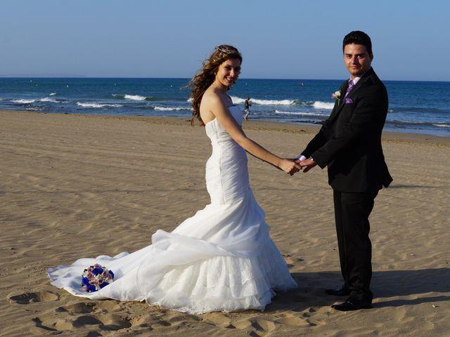 La boda de Abraham  y Sheila en Los Perez (Ayuntamiento Torrevieja), Alicante 28