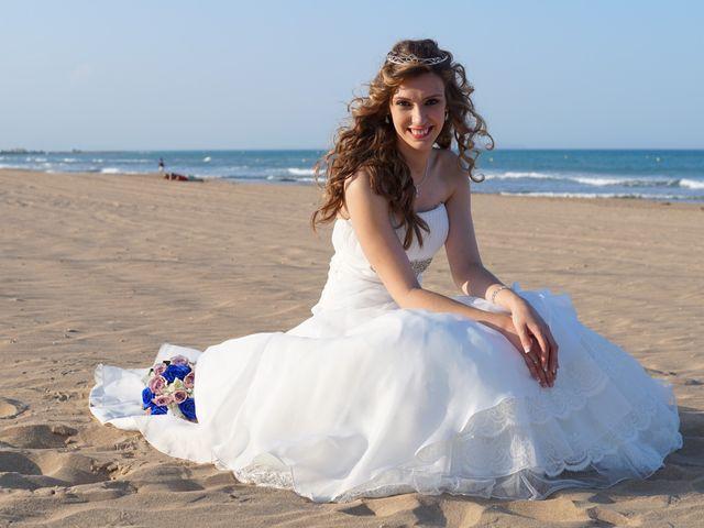 La boda de Abraham  y Sheila en Los Perez (Ayuntamiento Torrevieja), Alicante 30