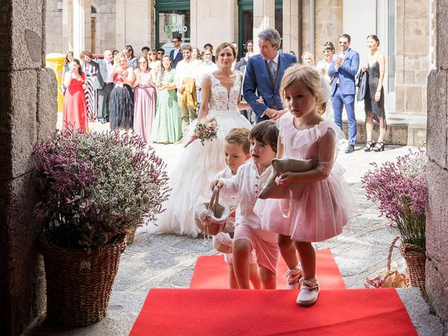 La boda de Pablo y Noly en Chantada (Casco Urbano), Lugo 43