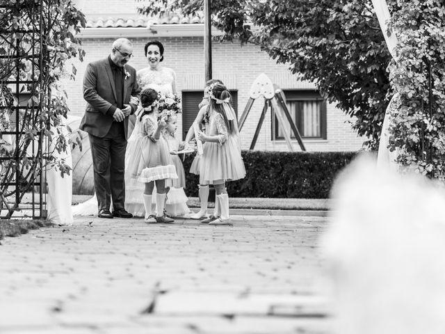 La boda de Javier y Silvia en Carranque, Toledo 31
