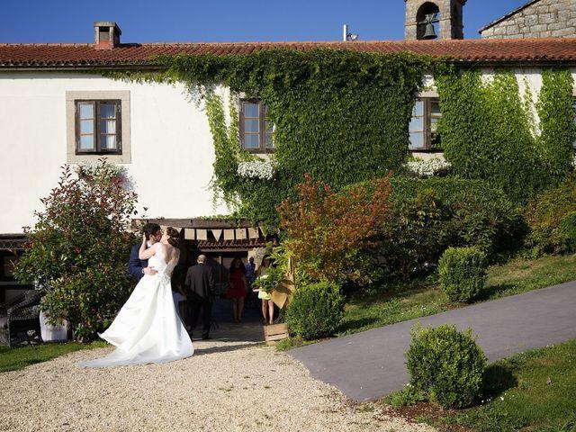 La boda de Pablo y Vane en Telleiro, A Coruña 20