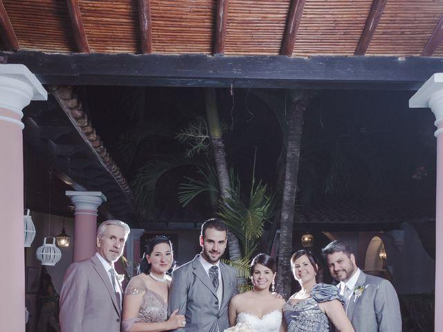 La boda de Alex y Gaby en Santa Cruz De Tenerife, Santa Cruz de Tenerife 40
