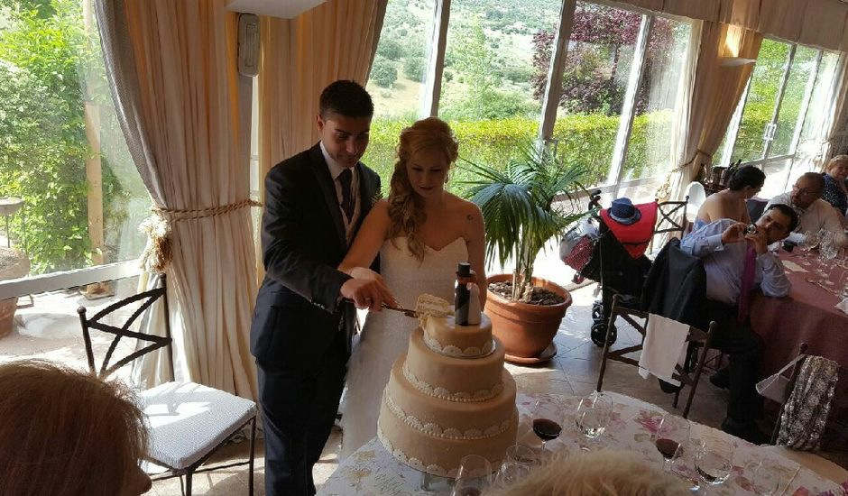 La boda de Borja y Noelia en Madrid, Madrid